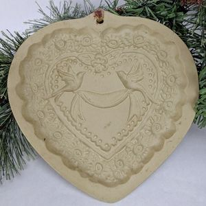 Vintage Brown Bag Cookie Art Heart Mold w Doves